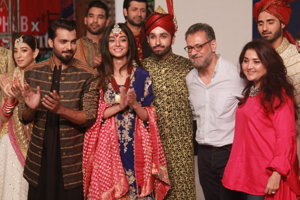 The Fashion Soiree Day 2 of Shaan e Pakistan witnessed the real Padmaavat experience! 6