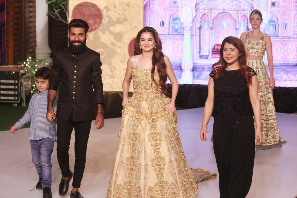 The Fashion Soiree Day 2 of Shaan e Pakistan witnessed the real Padmaavat experience! 10