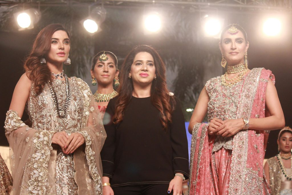 The Fashion Soiree Day 2 of Shaan e Pakistan witnessed the real Padmaavat experience! 3