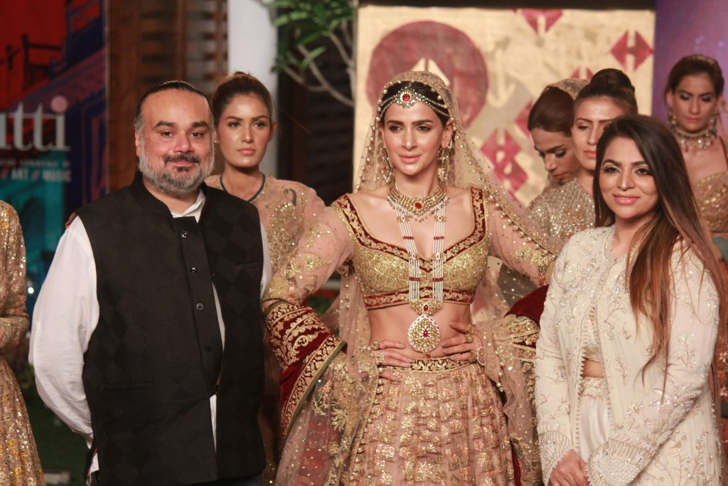The Fashion Soiree Day 2 of Shaan e Pakistan witnessed the real Padmaavat experience! 2