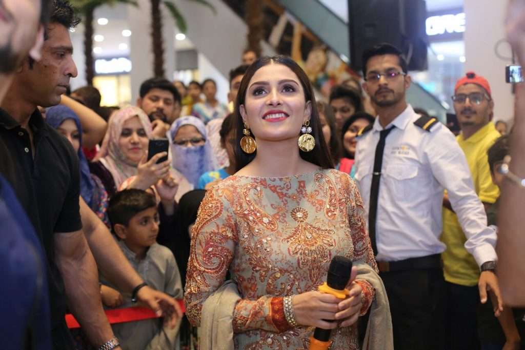 Alkaram launched festive collection 2018 with Ayeza Khan as the Brand Ambassador 3