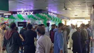 Infinix inaugurates first official store in Karachi 2