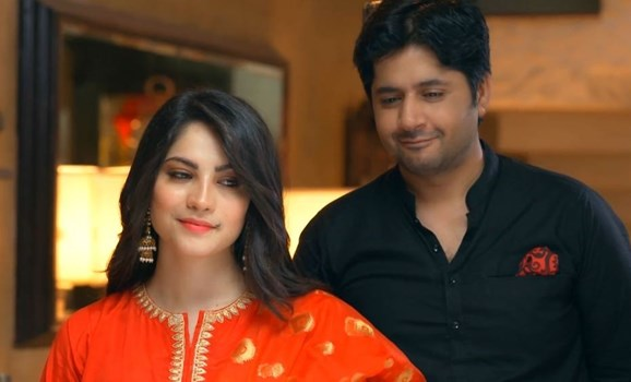 Kahin Deep Jalay  Neelam Muneer and Imran Ashraf